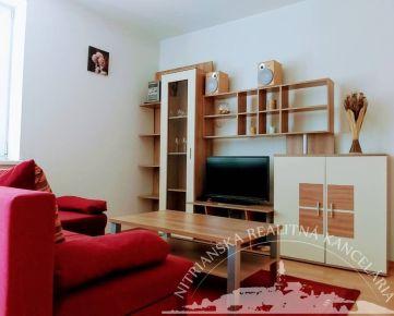 Prenájom - 2 izbový byt, Nitra - Južná ulica