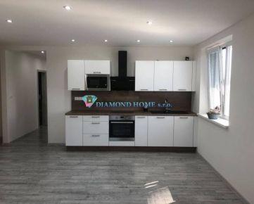 DIAMOND HOME s.r.o.  Vám ,ponúka  na prenájom nadštandardný 3 izbový byt v obci Macov