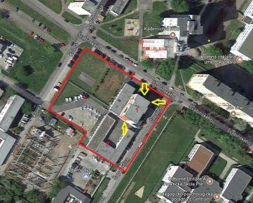 Prevádzkový objekt v Bratislave - Petržalke - administratívna budova, garáže, sklady, dielne, parkovisko