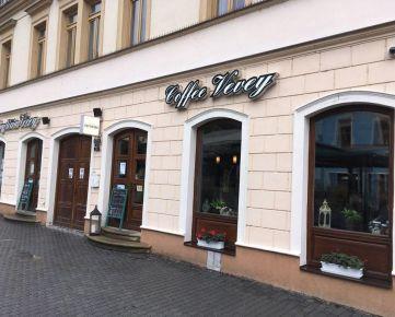 Prenajmem zabehnutú kaviareň v centre Trenčína