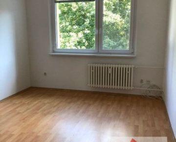3 izb. byt, M.C. SKLODOWSKEJ ul., 2x loggia, 70 m2
