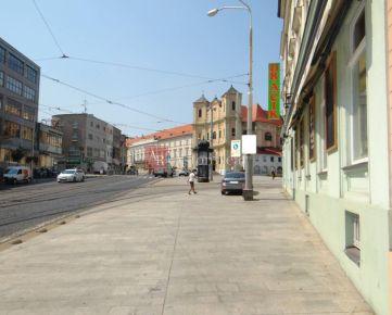 Odstúpenie baru v centre mesta Bratislava I.