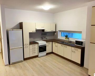 Priestranný 3-izb. byt s vlastným parkovacím státím, NOVOSTAVBA, Bernolákovo