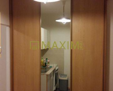 Pekný 1- izbový byt na Kamenárskej ulici