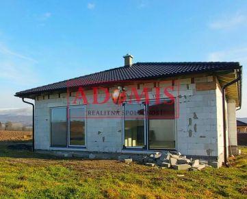 ADIMIS - PREDÁM nadštandardný 5-izb.BUNGALOV2, obec Ďurkov, 600m2, iba 15 km od Košíc.
