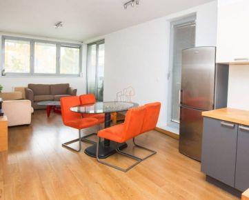 PREDAJ - moderný 3 izbový byt v Mlynskej doline (CUBICON)