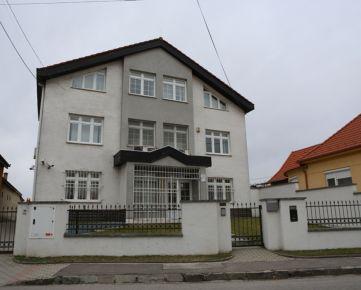 Predaj, Administratívna budova, Podunajské Biskupice