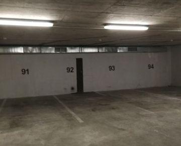 Prenájom - parkovacie miesto, Gabčíkova ul., Bratislava