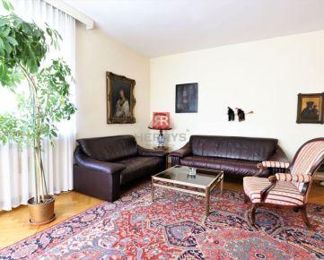 HERRYS - Na prenájom zariadený 4 izbový byt  na ulici Fraňa Kráľa v Starom Meste