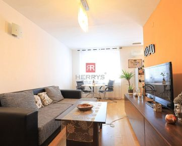 HERRYS - Na prenájom príjemný priestranný 2 izbový byt na začiatku Rače
