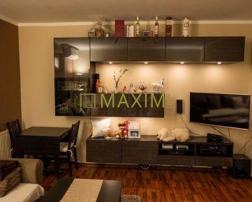 REZERVOVANÝ Moderný 2- izbový byt s veľkou loggiou, klimatizáciou na ulici Štefana Králika