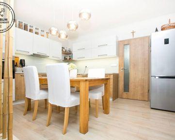 Krásne, slnečné 3 izb. rodinné domy - Macov, SKOLAUDOVANÉ !