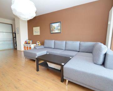 Predaj 2 izbového priestranného bytu vo vyhľadávanej lokalite, kompletná rekonštrukcia, Trnavská cesta - Ružinov
