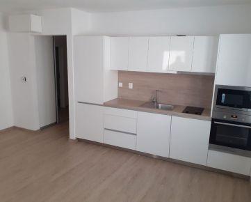 Veľmi pekný 2 izbový byt s balkónom v širšom centre, NOVOSTAVBA