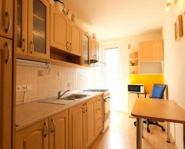 PREDAJ - 1 izbový byt v Ružinove - Sklenárova ulica