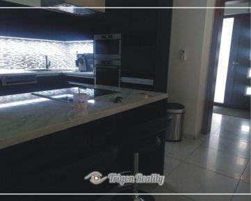 Novorekonštruovaný zariadený rodinný dom - IŽA