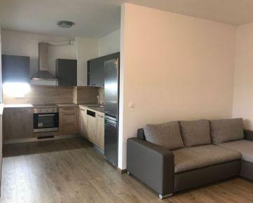 Na prenájom: 3 izbový zariadený byt s terasou, novostavba + parkovacie státie, Trenčín / Olbrachtova ul.