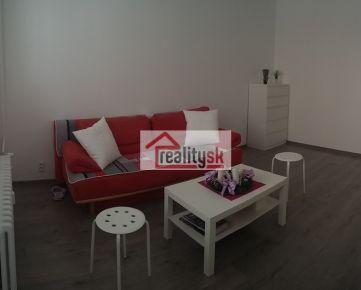 Prenájom útulného 2 izbového bytu v centre Košíc