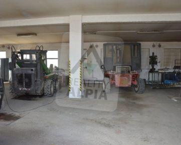 Výrobná dielňa so strojmi, Visolaje