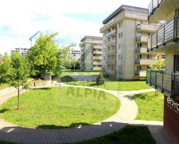 BYT 1-KK s francúzskym oknom, /38 m2/, Žilina - Vlčince II