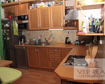 Na predaj 3.izbový byt Petržalka, Holíčska.
