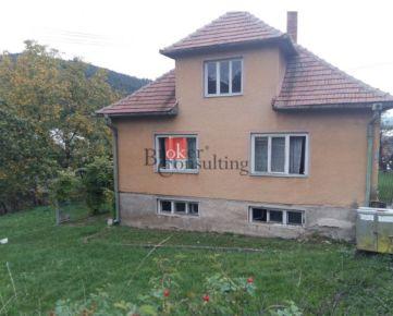 Rodinný dom Nitrica na predaj, pozemok 1046 m2, pôvodný stav.