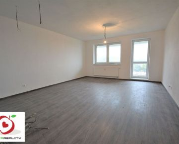 TRNAVA REALITY - 1 izb. byt s loggiou a pivnicou v novostavbe ŠTVORLÍSTOK  v meste Trnava - Modranka