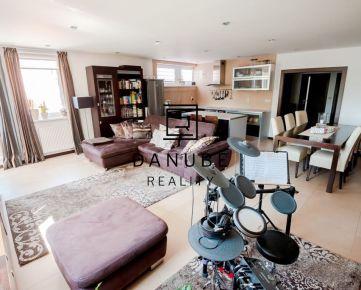 Predaj priestranný 3-izbový byt s dvoma loggiami, Na Križovatkách, Bratislava-Ružinov.