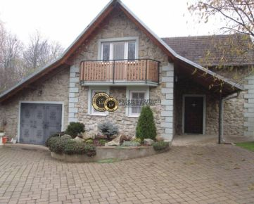 Krásny 3 izbový rodinný dom, úžitková plocha140 m2 pozemok 2001 m2,