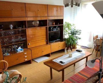 Ponúkame Vám na predaj 3 izbový byt Bratislava-Dúbravka,  Bazovského ulica