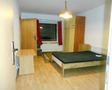 EXKLUZÍVNE 1-izbový byt ul. Ďumbierska 39m2, pri OC MAX sídlisko Sekčov