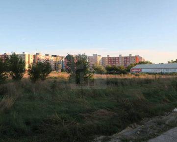Direct Real - Pozemok 630 m2 určený pre obchod, výrobné a nevýrobné služby, Rača