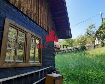 Nádherné prostredie a originál drevenica s chatou