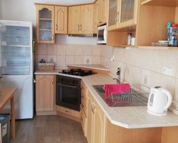 VIVAREAL* ÚPLNE CENTRUM!!! 3 izb. byt, výmera 75m2, balkón, Vajanského ul. Trnava