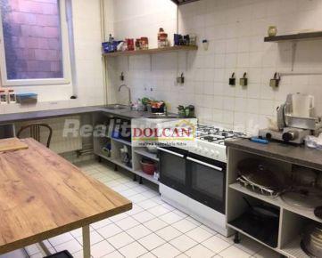 NA PRENÁJOM profesionálne vybavená kuchyňa v centre Nitry, Farská ulic