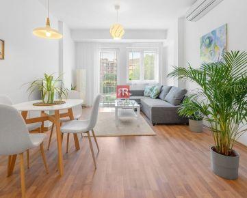 HERRYS - Na predaj kompletne zrekonštruovaný 2 izbový apartmán so zariadením v Starom Meste