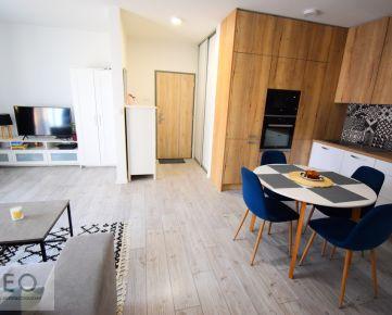 2i plnezariadený byt na prenájom so samostatným šatníkom a balkónom v novostavbe - možnosť parking garáž + pivnica