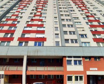 3 izbový byt s balkónom po čiastočnej rekonštrukcii na predaj - Šustekova ul., Bratislava - Petržalka