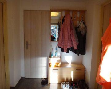 Prenajmem 1,5 izbový byt na začiatku Furče, cca 1,5 km od Auparku