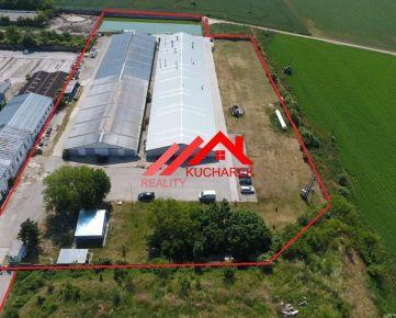 Kuchárek-real: Predáme dve haly na  veľkom  pozemku 19 057m2.