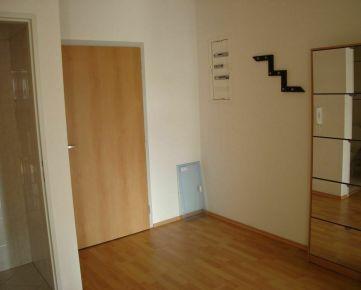 Trnava: 3-izbový byt.