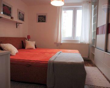 Na prenájom 3-izbový byt s terasou