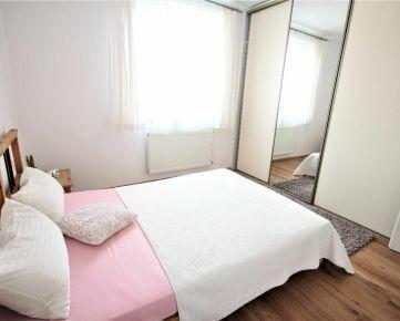 Mezonetový 3 izbový byt v nadstavbe s terasou, Pavlovova ulica, Nivy