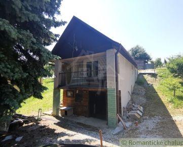 Murovaná chata na úpätí Krupinskej výšiny - Vinica