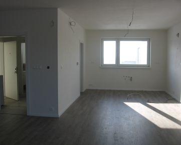 OLYMP - !Mimoriadna ponuka! – skolaudovaný 4-izb. byt v RD v Marianke