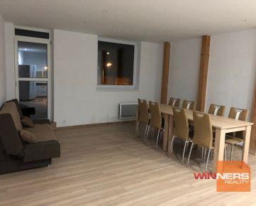 Ponúkame na prenájom priestranný a čiastočne zariadený 5 izbový byt  na ul. Požiarnická