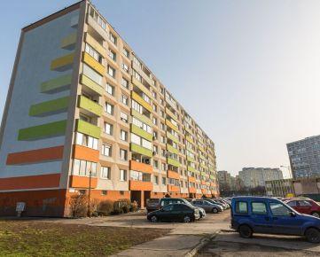3 i byt vo Vrakuni, 81m2, 2/8 posch., čiast. rekonštrukcia, 124.888,- vrátane provízie, EXKLUZÍVNE IBA U NÁS
