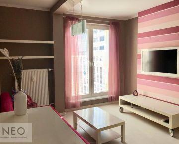 NEO – Krásny 2i zariadený byt v centre mesta