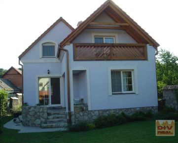 D+V real ponúka na prenájom: 5 izbový rodinný dom, Kozičova ulica, Devín, Bratislava IV, záhrada, garáž, pec, priestranný