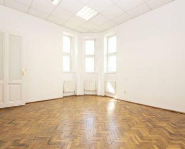 Kancelárske priestory na prenájom v Bratislave - Starom Meste - 100 m2
